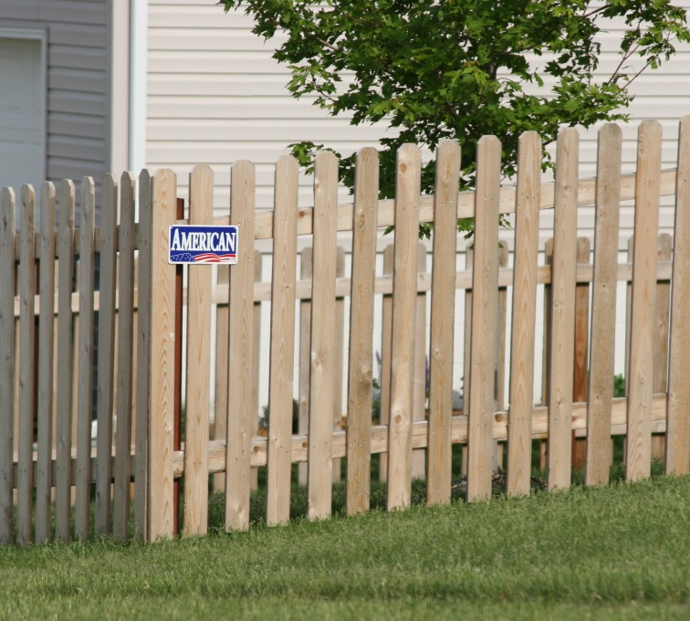 AmeriFence Corporation Kansas City- Wood Fencing, 1004 4' picket