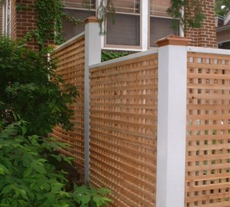 AmeriFence Corporation Kansas City - Wood Fencing, 1028 Lattice Fence