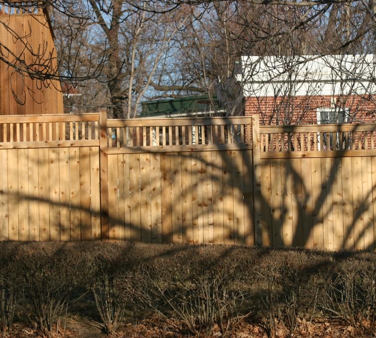 AmeriFence Corporation Kansas City - Wood Fencing, 1035 Custom Dato