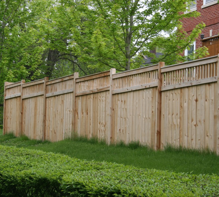 AmeriFence Corporation Kansas City - Wood Fencing, 1064 Custom Solid with Accent Top
