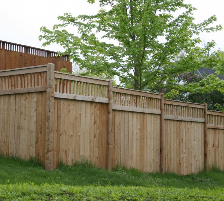 AmeriFence Corporation Kansas City - Wood Fencing, 1067 Custom Solid with Accent Top