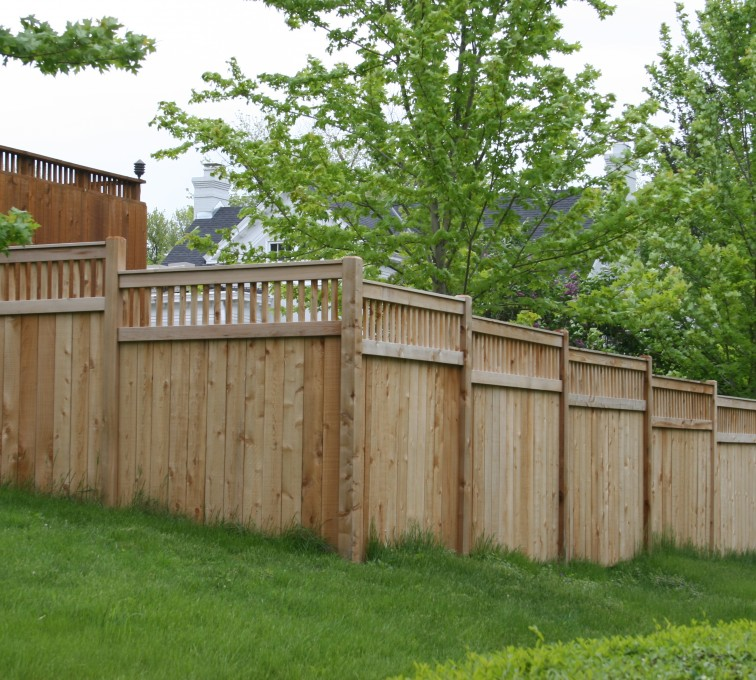 AmeriFence Corporation Kansas City - Wood Fencing, 1068 Custom Solid with Accent Top