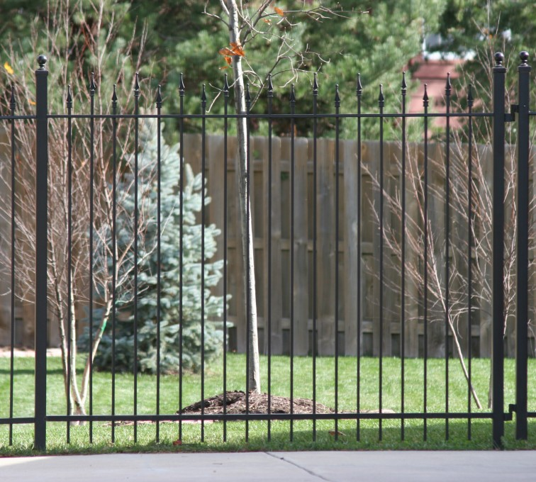 Kansas City Fence Company - Custom Iron Gate Fencing,1202 Alternating Picket Ornamental Iron Photo
