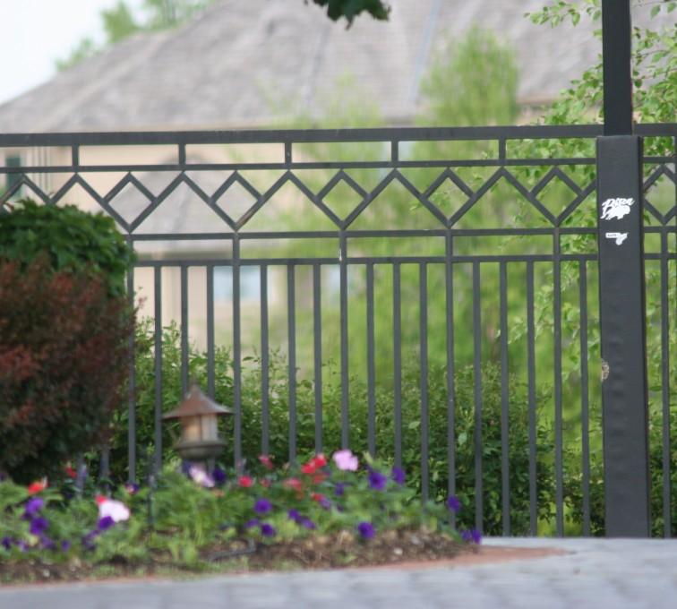 Kansas City Fence Company - Custom Iron Gate Fencing, 1218 Mulitple Diamond Accent