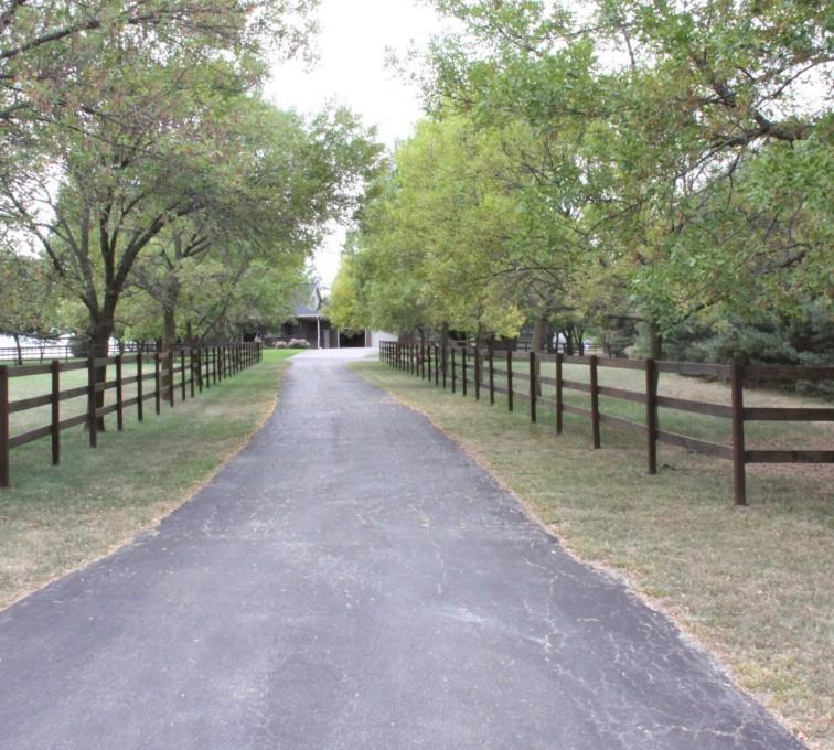 AmeriFence Corporation Kansas City - Wood Fencing, 3 Rail Ranch Rail - Consbruck