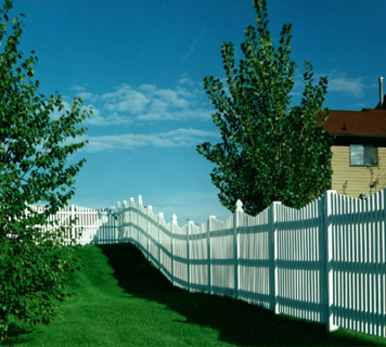 AmeriFence Corporation Kansas City - Vinyl Fencing, Underscallop Picket 565