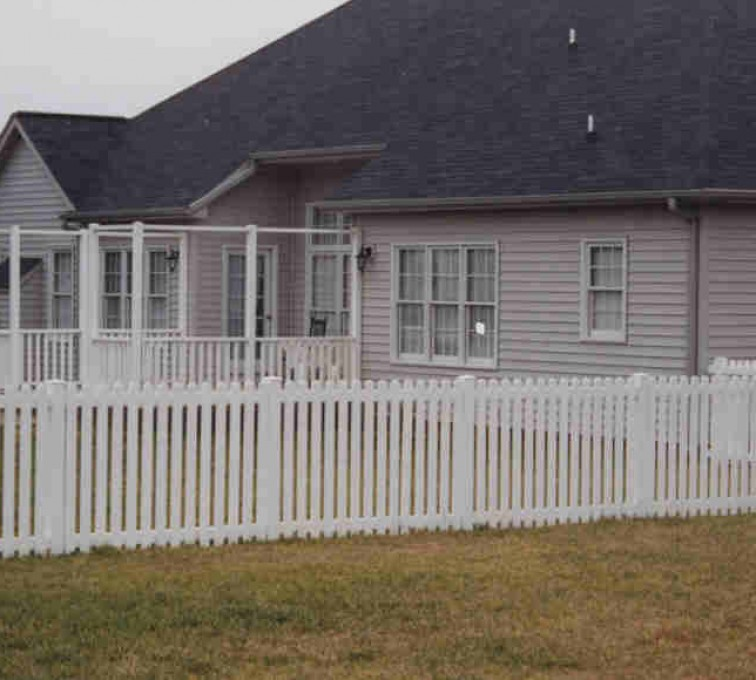 AmeriFence Corporation Kansas City - Vinyl Fencing, Picket 567