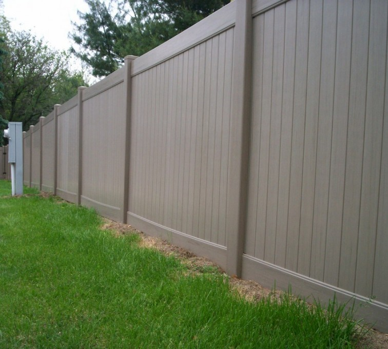 AmeriFence Corporation Kansas City- Vinyl Fencing, 6' Woodland Select Weathered Cedar Solid Privacy - AFC - IA