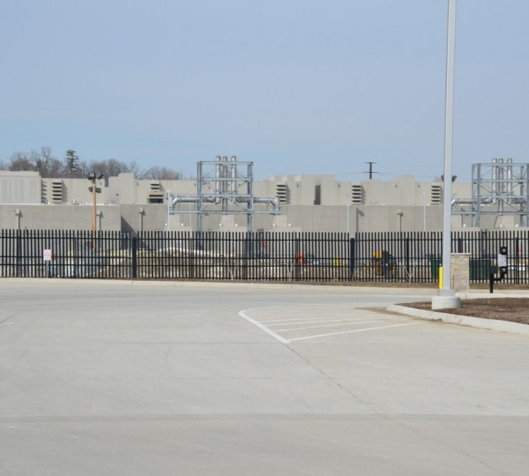 Kansas City Fence Company - K-Rated Vehicle Restraint Systems Fencing, 8' Crash Rated Ornamental Impasse 4 - AFC - IA