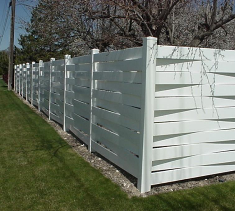 AmeriFence Corporation Kansas City - Vinyl Fencing, Basket Weave 750
