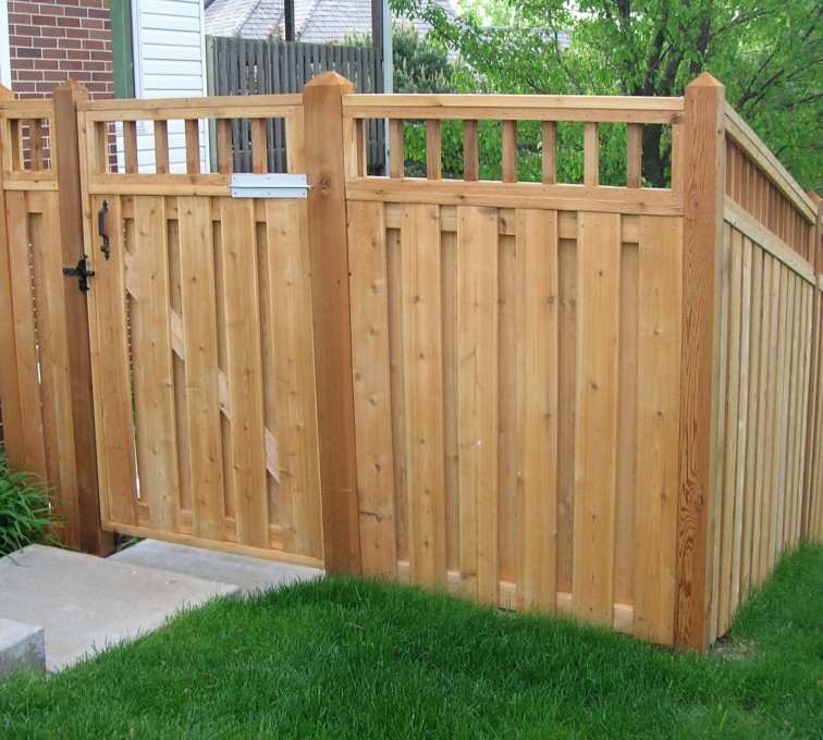 AmeriFence Corporation Kansas City - Wood Fencing, Custom with wood picket accent