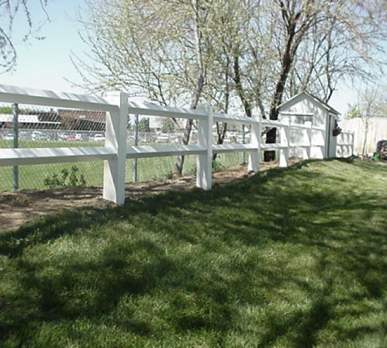 AmeriFence Corporation Kansas City- Vinyl Fencing, MVC-007F