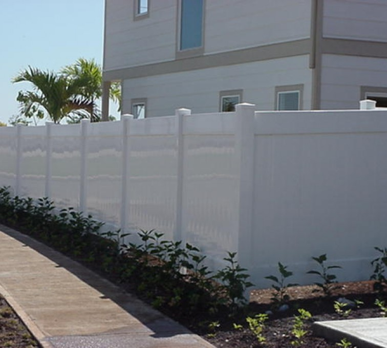 AmeriFence Corporation Kansas City- Vinyl Fencing, Solid Privacy (610)