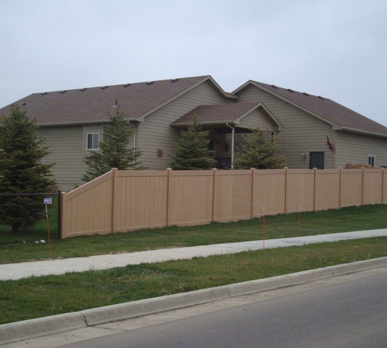 AmeriFence Corporation Kansas City - Vinyl Fencing, Solid Privacy - Woodland Select (2)