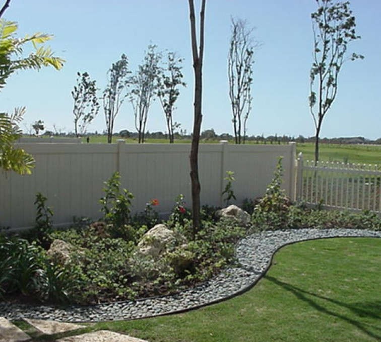 AmeriFence Corporation Kansas City - Vinyl Fencing, Solid Privacy and Picket (607)