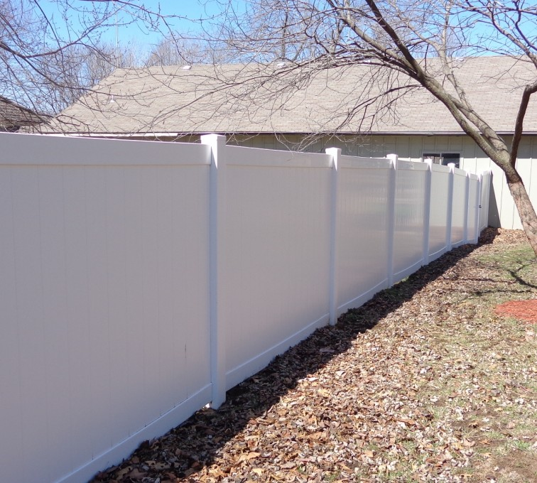 AmeriFence Corporation Kansas City - Vinyl Fencing, 6' Privacy - AFC-KC