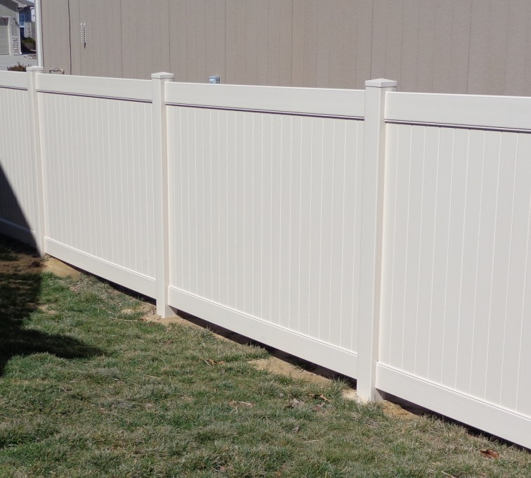 AmeriFence Corporation Kansas City - Vinyl Fencing, 6' Tan Privacy - AFC-KC