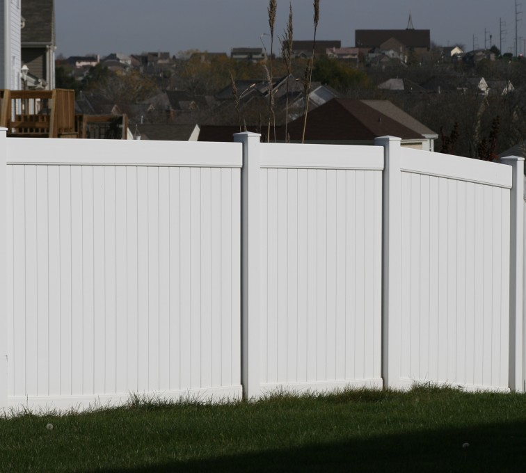 AmeriFence Corporation Kansas City - Vinyl Fencing, Vinyl 6' solid (619)
