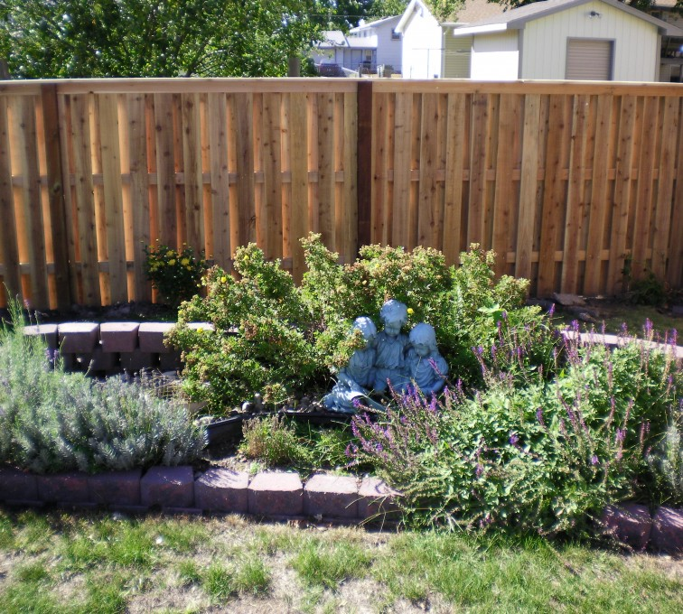 AmeriFence Corporation Kansas City - Wood Fencing, Wood Board on Board with Capboard